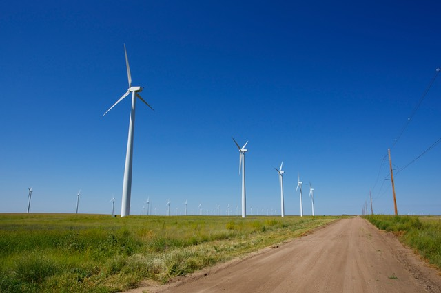 20 Wind Turbines, Kansas Hwy 23, South of Cimarron