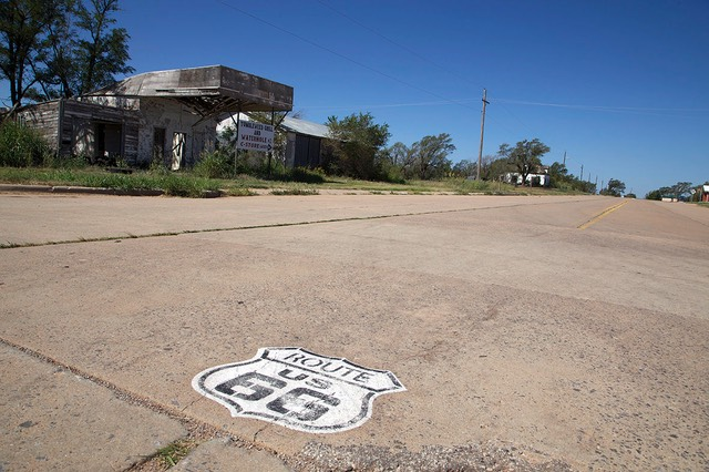 27 Road Marking and Magnolia Gas Station, Texola, Route 66, Oklahoma