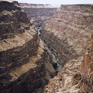 Bruneau Canyon Overlook - spectacular desert gorge