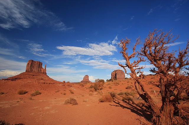 Monument Valley, The Mittens and Merrick Butte
