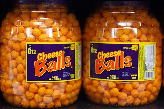 UTZ Cheese Balls with Real Cheese